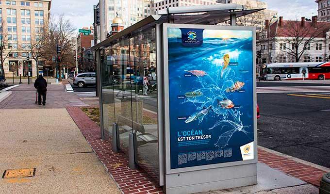 Affiches publicitaires pour arrêts de bus
